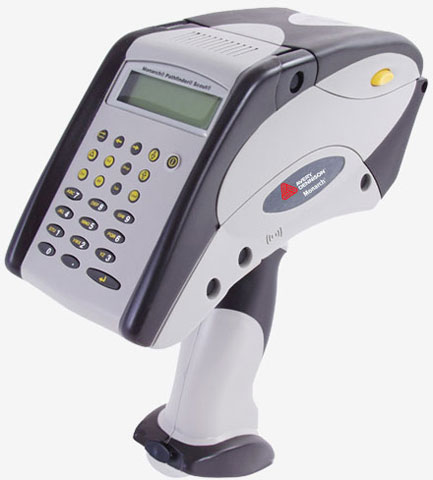Avery-Dennison Pathfinder 6032 Portable Label Printer