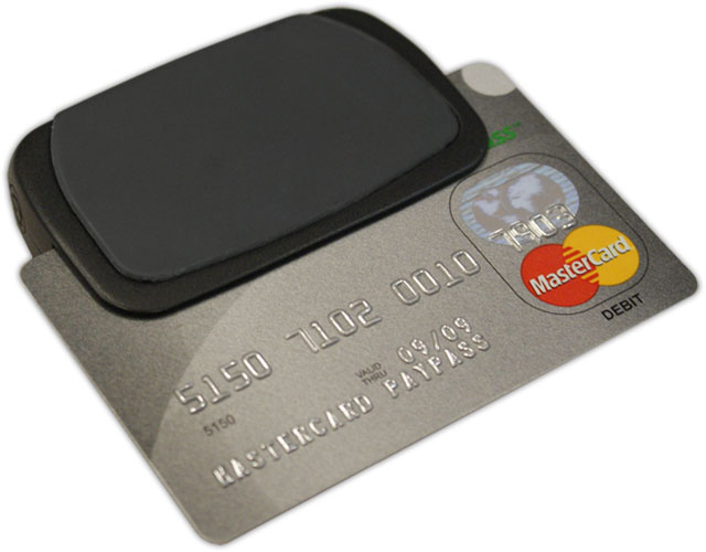 ID Tech BTMag Credit Card Swiper